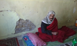 Sadr City - Family of 5 seeks financial help to access treatment for ill father, and cover their living expenses